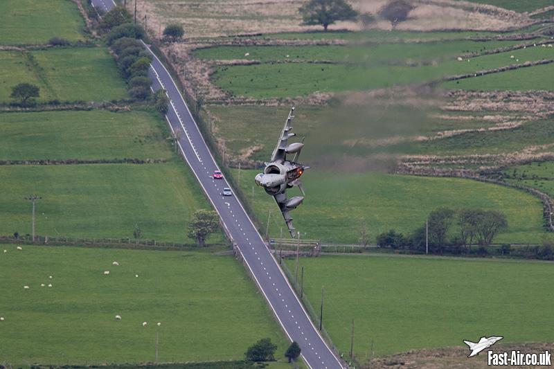 RAF Harrier GR9 ZD438 low flying