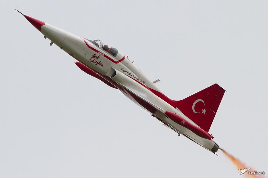 Turkish Stars Display Practice - Waddington 2010 - photo 4