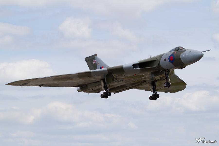 Vulcan B2 XH558 - Waddington 2010 - photo