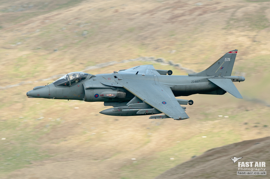 Pictures of low flying military aircraft 10